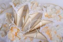 Организация свадеб: Кульки для лепестков